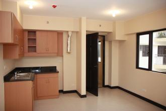 Semi-furnished 2BR for Rent at Cypress Towers in BGC Taguig