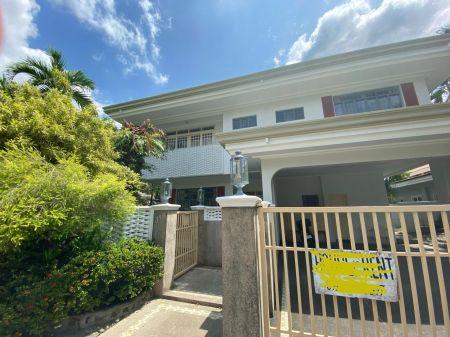 Fully Furnished 5BR House in Ayala Alabang Village For Rent