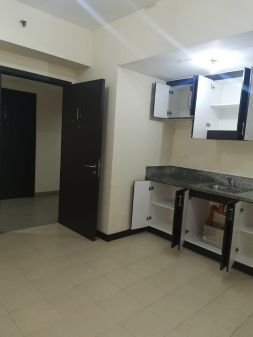 2BR Unit for Rent in San Lorenzo Place Makati