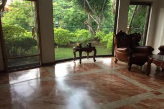 Ayala Alabang 4Bedroom with attic House for Rent in Alabang Munti