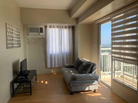 Fully Furnished 1BR for Rent in Avida Towers Alabang