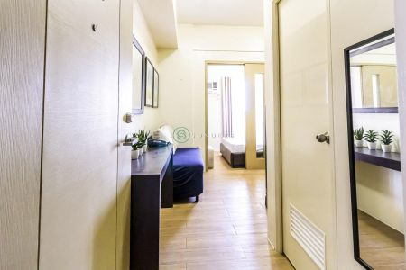 Furnished 1 Bedroom at Tower 3 Laureano Di Trevi Towers