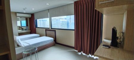 For Rent: Studio Fully Furnished unit in BSA Twin Towers