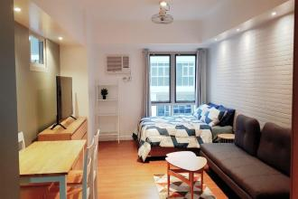 Fully Furnished Studio Unit at Two Maridien