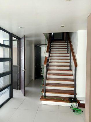 3 Storey House for Rent in Ayala Alabang Muntinlupa