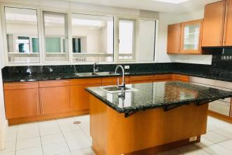 Semi Furnised 3BR for Rent in One Roxas Triangle Makati