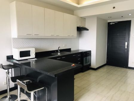 1BR Fully Furnished Unit at W Tower for Rent