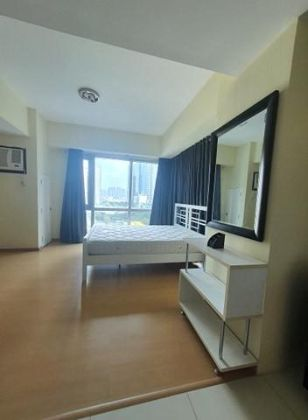 Fully Furnished Studio Unit at Avant at The Fort for Rent
