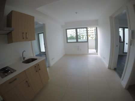 2 Bedroom with Balcony in The Residences at Commonwealth
