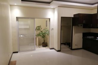 3BR Townhouse for Rent at Moonwalk Village Paranaque