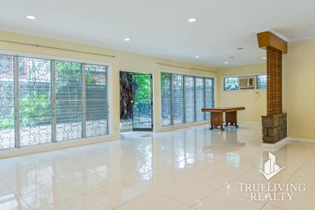 Unfurnished 3BR Bungalow House for Rent in San Lorenzo Village