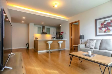 1BR Fully Furnished Unit for Rent Park Terraces near Greenbelt