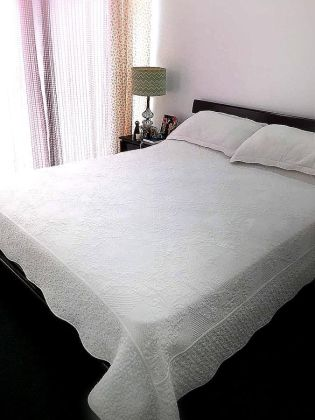Modern Deluxe 1 Bedroom for Rent in Elizabeth Place