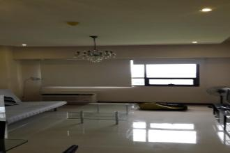 Fully Furnished 1BR Unit in Icon Residences for rent