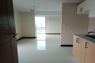 Unfurnished Studio Unit for Rent at Manhattan Heights Cubao