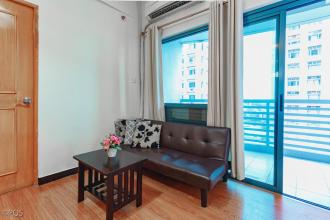 Fully Furnished 1 Bedroom Unit at One Central Park Eastwood City