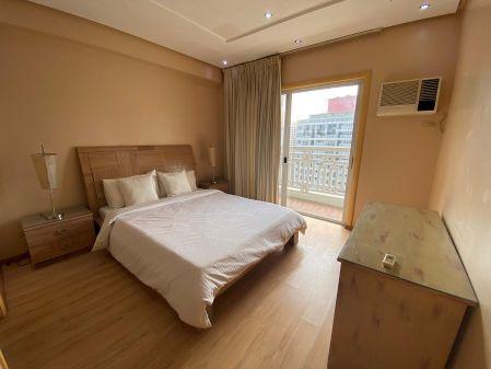 Fully Furnished 2 Bedroom Unit at Elizabeth Place for Rent