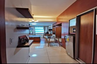 Fully Furnished Studio Unit at Eton Tower Makati for Rent