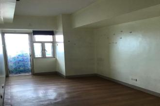 Unfurnished Studio unit at Manila Executive Regency