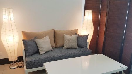 Studio for rent in Greenbelt Excelsior Makati City