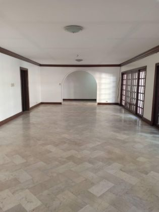 3 Bedroom Classic House with Den in Ayala Alabang Village