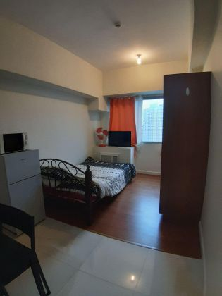 Fully Furnished Studio Unit for Rent at Eton Tower Makati