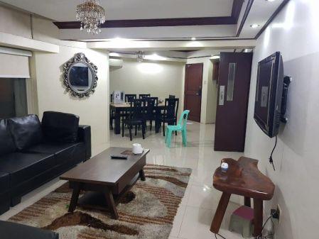 4B Fully Furnished Unit at Kingswood Makati Condominium