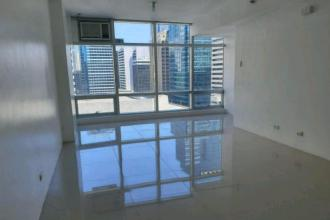 Fully Furnished 1 Bedroom Unit for Rent at The Stratosphere