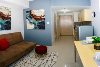 Fully Furnished 1 Bedroom for Rent in Grass Residences QC