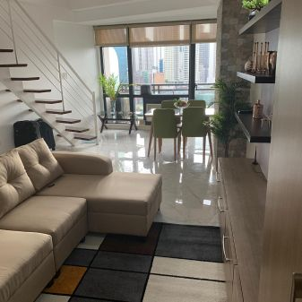 1BR Luxuriously Renovated Loft for Rent in Gramercy Residences