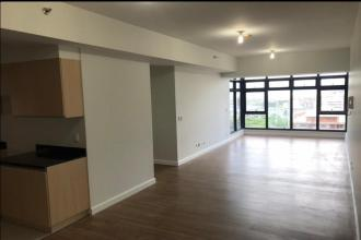 Semi Furnished 2BR with Parking at The Sandstone at Portico