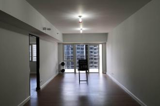 Semi Furnished 1 Bedroom for Rent in Two Maridien Taguig