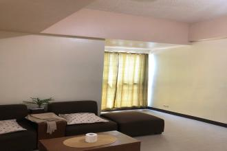 Semi Furnished 1 Bedroom for Rent at BSA Twin Towers
