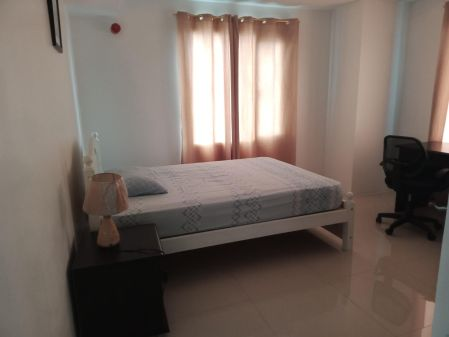 Fully Furnished 2BR Unit at Bristol at Parkway Place for Rent