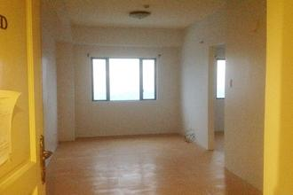 Unfurnished Studio Unit at One Orchard Road Eastwood