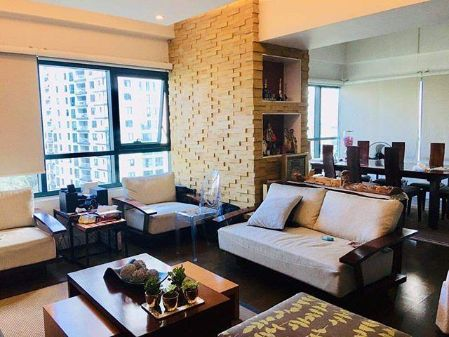 Fully Furnished 3BR Unit with 2 Parking at Rockwell Edades