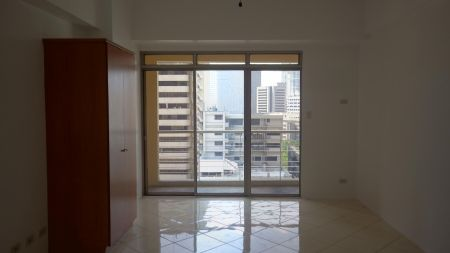 Paseo Parkview Suites Studio with Balcony for Rent