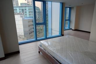 5 Person Staffhouse near RCBC Tower
