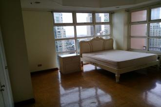 3BR at One Lafayette Square Makati