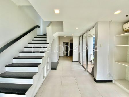 W Tower Residences 2 Bedroom Semi Furnished for Lease