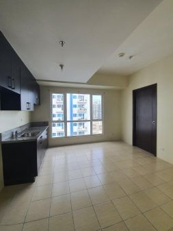 2BR Unit for Rent at Pioneer Woodlands Empire East