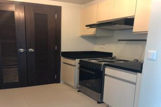 1BR Unit for Rent at Kroma Tower Makati