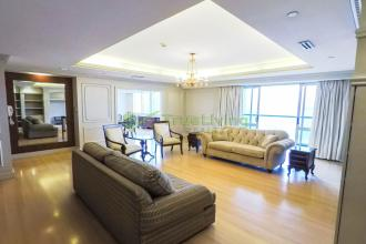 3BR Spacious Fully Furnished for Rent at Regent Parkway BGC