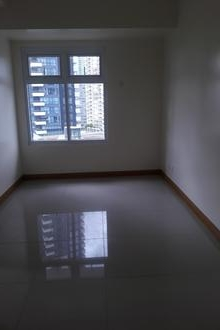 1BR Bare Condo Unit for Rent in Trion Towers BGC