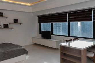 Fully Furnished Studio Type Cond for Rent at Icon Plaza