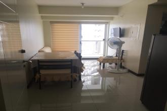 Fully Furnished 1 Bedroom Unit with Balcony in Zinnia Towers QC