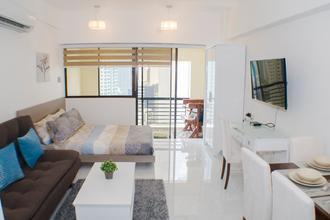 Furnished Studio Unit with Balcony