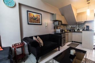 1 Bedroom Condo for Rent in Eton Emerald Lofts