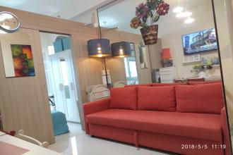 1BR Penthouse Ikea New Fully Furnished Breeze Residences Pasay
