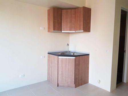 Unfurnished Studio Unit at High Park Vertis for Rent